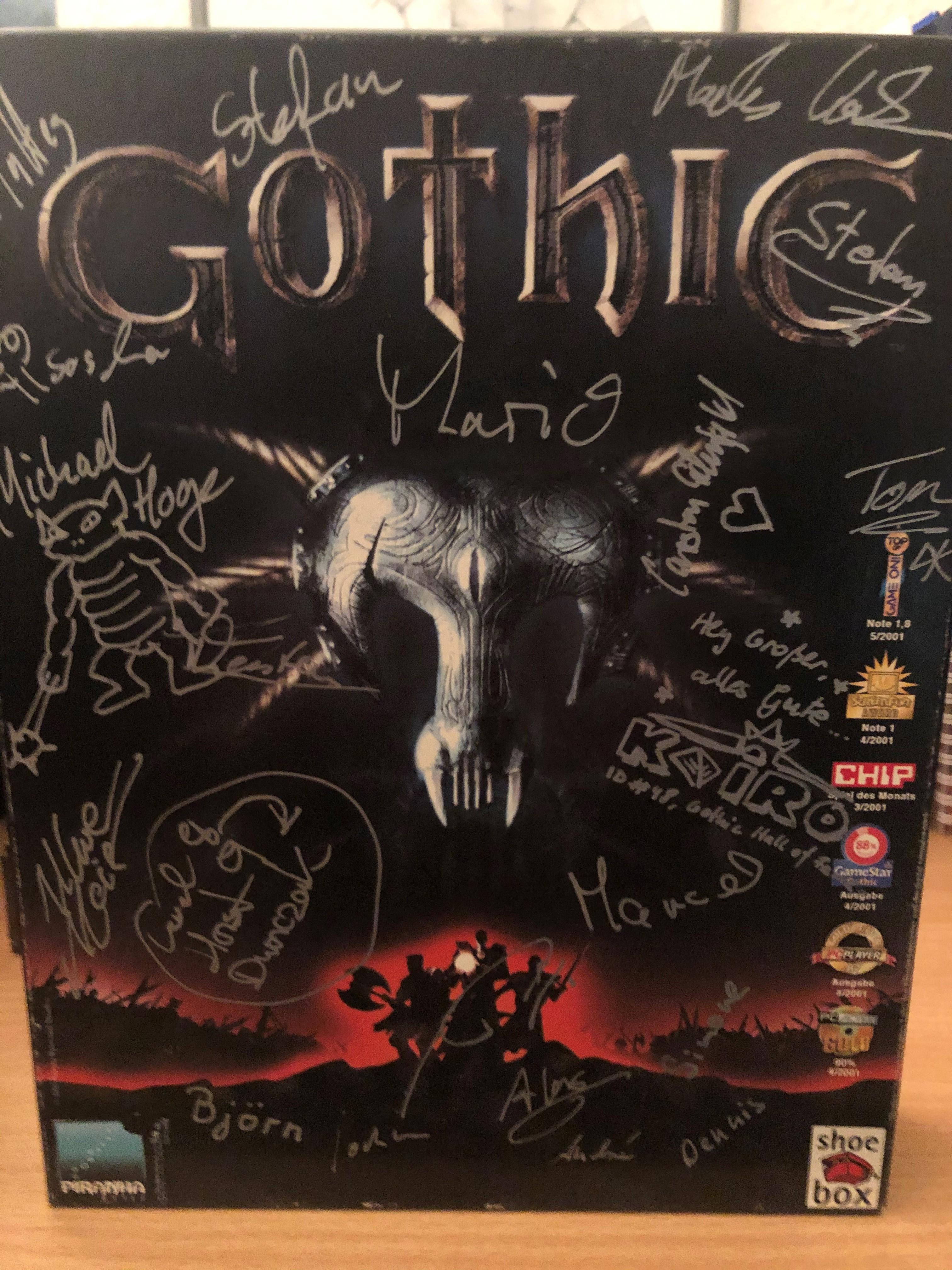 Deutsche Erstausgabe von Gothic mit Unterschriften des Teams